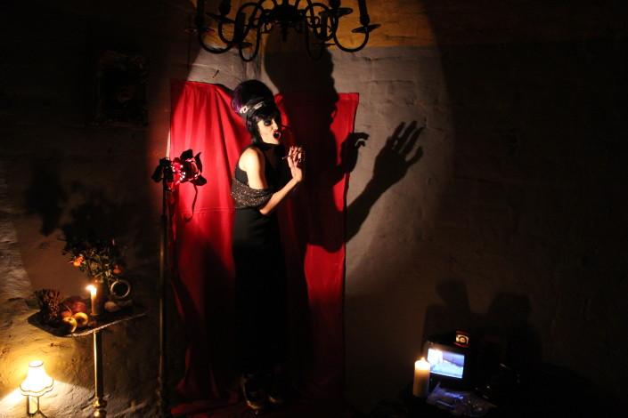 lisa_Buchholz_hauntedh.6